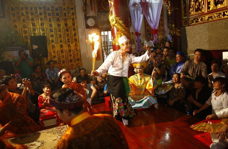 Giao lưu Đền Yên Phú – Diễn Đàn Hát Văn tổ chức 2013